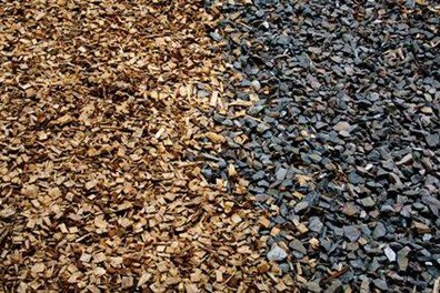 Landscaping pros and cons of mulch vs. rocks.