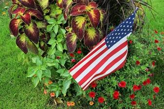 Flag in garden1_WEB