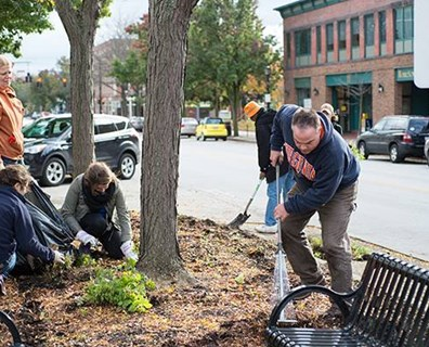 What are some ways you can give back to your community's green spaces to help celebrate the Martin Luther King, Jr. Day of Service this year?